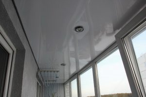 натяжной потолок на лоджии от ДонПотолок